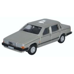 Volvo 760 Gold Metallic
