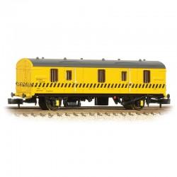 BR MK 1 CCT BR Re-Railing...